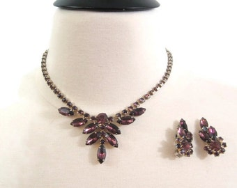 Vintage 50s 60s Purple Rhinestone Glass Amethyst Necklace Earrings Set