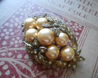large vintage pearl and rhinestone floral brooch - shabby vintage costume jewelry