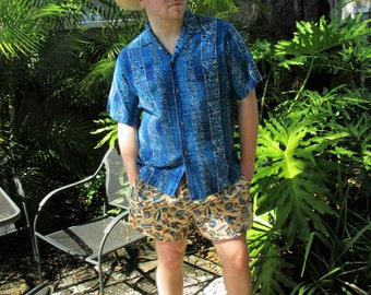 1960s Blue Tiki Print Hawaiian Shirt - Large 46 in. Chest