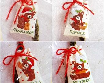 1988 Vintage Christmas Ornament Kit | Baker Bear Spice Sacks | Creative Circle Kit | Persian Wool Yarn | Sewing Supplies | DIY Holiday Decor