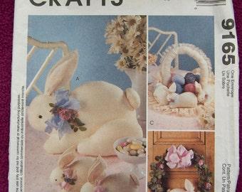 1998 McCalls pattern 9165 Bunny Wreath Basket