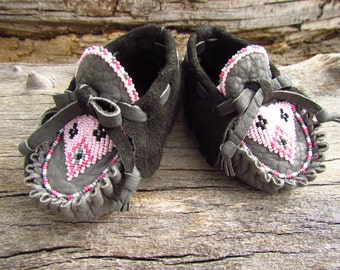 """Toddler Moccasins By Desi, Beaded, Grey Buffalo leather, 4 1/2"""" Long, Girl, baby, Boho, Tribal, Aztec, Pink, Children, First Walking Shoes"""