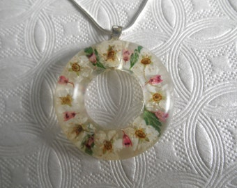 Pink Heather, Ivory Bridal Veil, and Ferns Circle Resin Pendant-Symbol of Unity, Infinity-Gifts Under 30-Nature's Art-Symbolizes Admiration