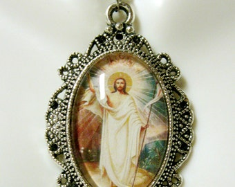 Resurrection of Christ pendant with chain - AP04--152