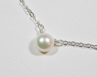 Single Pearl Necklace - Sterling Silver White Pearl Pendant Bridal Accesories Wedding Party Bridesmaids Maid of Honor Gift