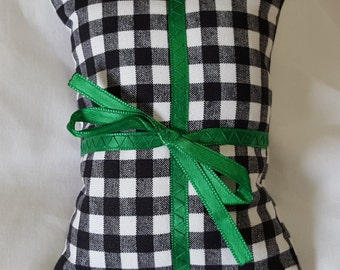 Catnip Pillow Present - black and white gingham with green ribbon