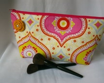 Large Flat Bottom Cosmetic Bag in Kumari Garden...The Adelaide Collection