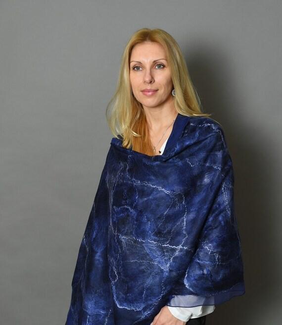 Blue felt scarf, nuno felted shawl, felted wool scarf, elegant shawl, blue felted silk scarf, unique shawl