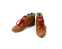 ESPRIT Oxford Ankle Boots with Capped Toe and Vamp Strap, Size 6 1/2
