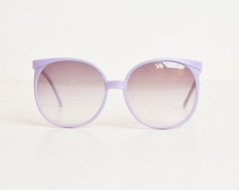 Vintage 70s Purple Lavender Round Sunglasses / 1970s Gradient Brown Shades