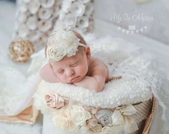 Parker Avenue- ivory flecked with gold rosette with gold tulle accents headband