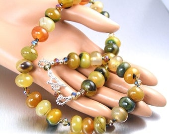 Yellow Green Stone Necklace Colorful Beaded Necklace Earthy Autumn Jewelry Agate Semiprecious Stone Necklace Chunky Gemstone Necklace