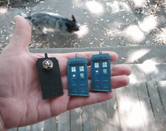 police call box tie tack / blue police call box brooch pin