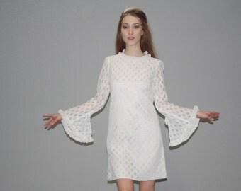 1960s Vintage Boho Angel Sleeve Ivory Lace Wedding  Dress - Short Boho Lace Dress -  Lace Wedding Dress -   WD0625