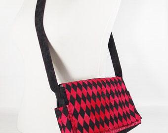 Harley Quinn mini messenger bag - FREE SHIPPING - small red/black messenger bag - mini cross body bag - Harley Quinn purse - small crossbody