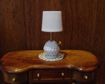 Dollhouse white table lamp miniature one inch scale 1:12