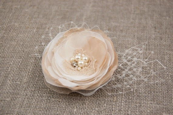 Beige wedding hair flower - Rustic flower hair piece - Beige, champagne, ivory rustic hair accessory