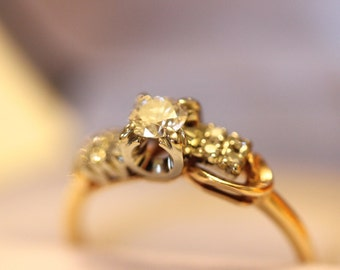 OOAK Vintage Engagement ring, Solitaire with accent stones, sculptural inspired, 14K gold