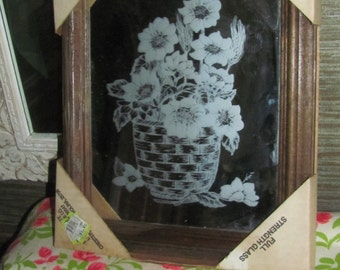 New in Box Vtg 1970's Mid Century Reverse Etched Glass Look Floral Bouquet Designs Wood Framed Wall Decor Mirror, NOS