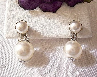 Japan White Pearl Clip On Earrings Silver Tone Vintage Double Bead Smooth Chain Link Dangles