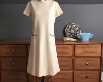 1960's Off-White Knit Sweater Dress with Embroidery Size Medium