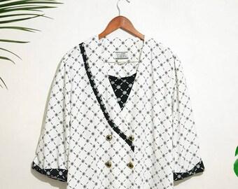 Vintage 90s black and white shamrock clover pattern Top