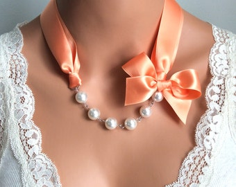 pearl necklace | peach wedding | prom | pearl and ribbon | ribbon necklaces | white pearl | large pearl | chic | bridesmaids | bridal | sis