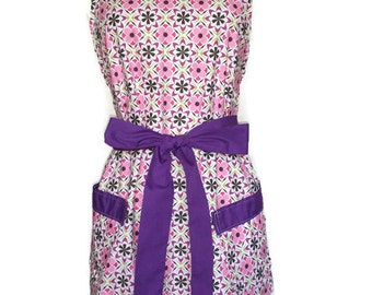 Classic Apron for women, Pink and Purple Apron, purple ties, Floral Apron, Christmas gift, Bridal Shower gift, cute pinup apron for mom
