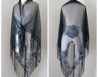 Black 1930s style large fishnet fringed shawl / 30s bohemian wrap