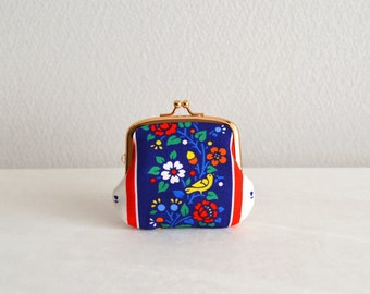 Vintage novelty tiny coin purse - Handmade in Japan.