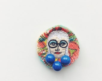 Iris Apfel - sewn brooch - thread drawn - face