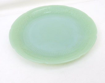 1940s Jadite Fire King,  Jadite Dinner Plate, Jadeite Luncheon Plate, Alice Pattern,  9 1/8 Inch - As Is