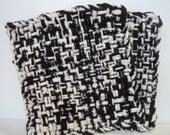 Black and White set of 2 potholders trivet doilies decorative housewares Kitchen