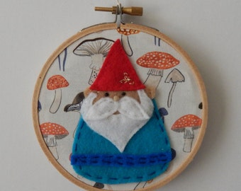"4"" Gnome Embroidery Hoop Ornament"