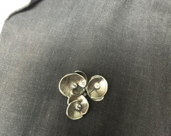 Indian flowers pin