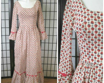 Vintage 1970s Maxi Dress Princess Kaiulani Hawaii Red Cream Green Extra Small 29 Bust Long Gown Teen Girls Strawberry Novelty Print Hawaiian