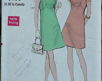 Vogue 7741 1970s 70s Mod Mini Dress Vintage Sewing Pattern  Size 10 Bust 32.5