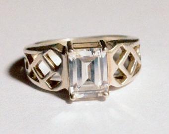 SALE Vintage Sterling Silver Baguette Cut CZ Latticework Ring DQ Size 5