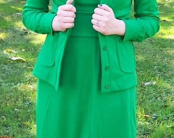 Vintage 1960s Ladies Green Maxi Dress & Jacket by Patricia Fair Size 9 Mod Hippie Chic Only 15 USD