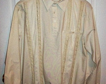 SAlE 50% Off Vintage Men's Off White Half Button Shirt by John Blair Extra Large NOS Now 2.50 USD