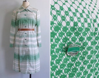 15% SALE (Code In Shop) - Vintage 70's Green Gradient Op Art Grid Print Shirt Dress M or L