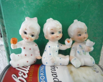 Wee ceramic baby figurines Napco babies triplets roly poly vintage little cute sweet mid century retro collectible