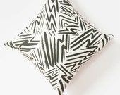 Black and White Pillow Cover - Graphic Pillow - Modern Throw Pillow - Patterned Decorative Pillow - Contemporary Home Decor