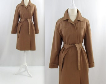 Women's Belted Trench Coat - Vintage 1970s London Fog Tan Spring Coat in Medium Large
