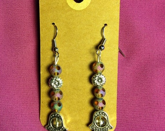 Hand of Protection with Iridescent Beads