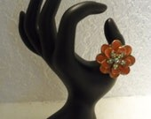 Vintage Mod '60s Flower Ring Stretch Band Orange Lacquer Petals Rhinestone Trinket Bauble Costume Jewelry