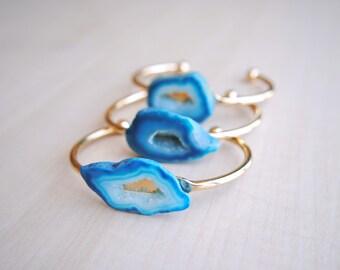 Blue Geode Cuff -- Stone Bracelet -- Brass Cuff -- Geode Jewelry --Crystal Jewelry -- Handmade -- Boho Chic
