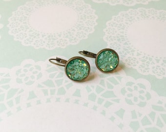 Sparkly mint green earrings