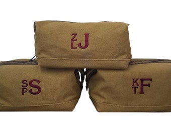 Set of 6 Personalized Toiletry Bags Shaving Kit Personalized Groomsmen Gifts Wedding Party Gifts