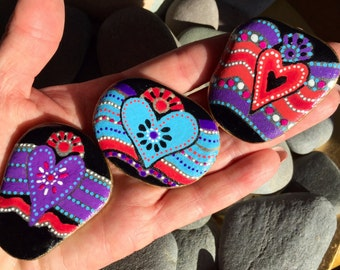 heart magnets set / painted rocks / painted stones / unique valentines / fridge magnets / I love you / anniversary gifts / hearts sea stones